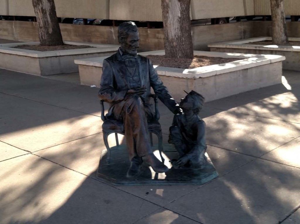 Sculpture of President Abraham Lincoln