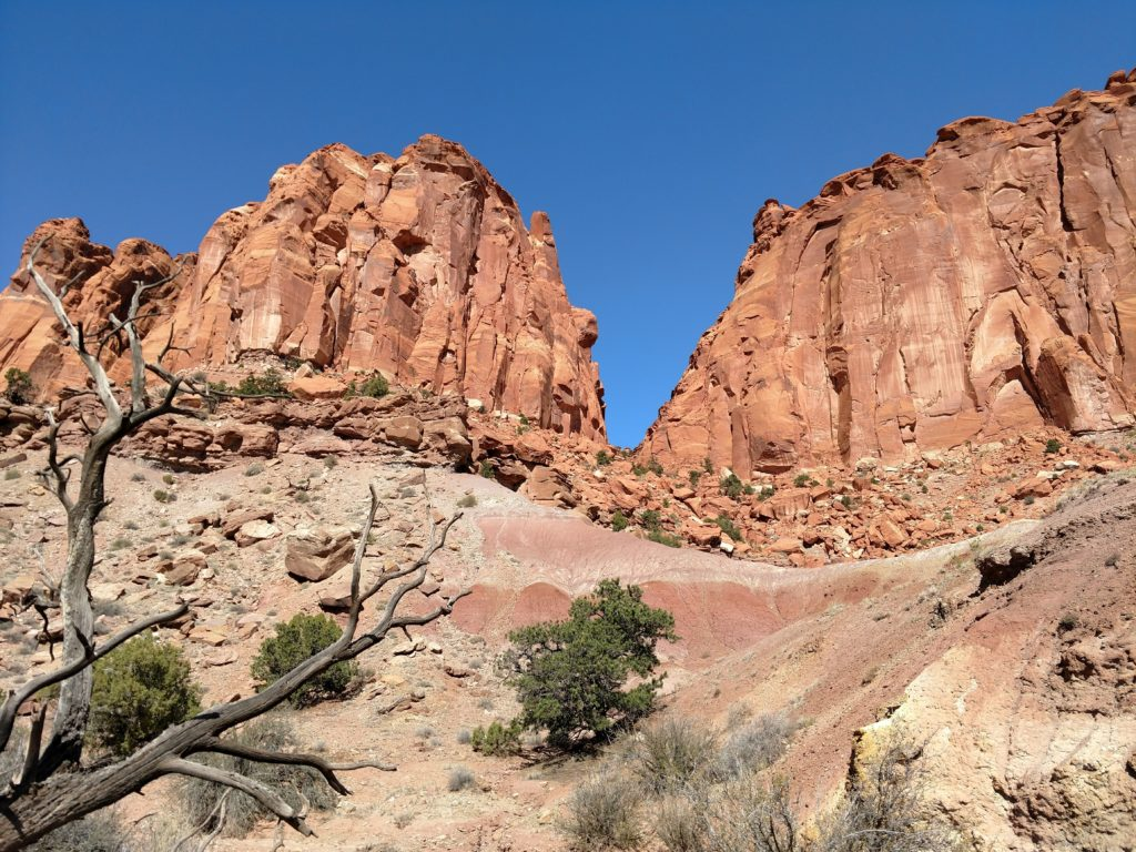Chimney Rock Canyon in Capitol Reef National Park
