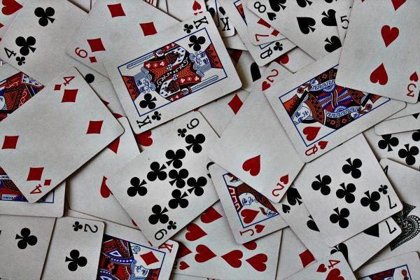 Какие бывают карточные игры с 54 картами?